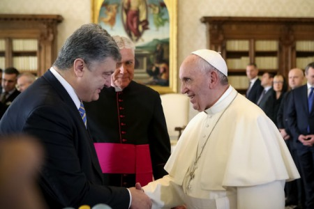 На заклик Папи Римського: німецькі єпископи зібрали півмільйона євро для України