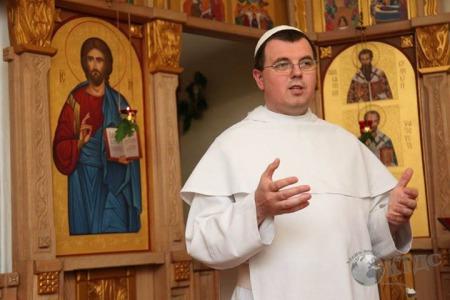 """Отець Лаврентій ЖЕЗІЦЬКИЙ: """"Є люди, котрі, і, в Церкві без миру!"""""""