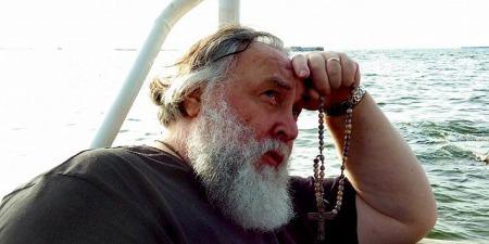 """""""Пандемія колись закінчиться, бо Господь тримає над нами Свою руку!"""" - отець Олександр Чумаков"""