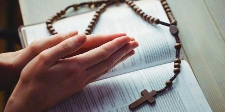 Яку молитву називаємо невпинною та як її практикувати у житті?