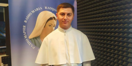 """""""Як у чотири роки вирішив стати священником, так і до сьогодні не передумав!"""" - отець Леонід Ярошинський"""