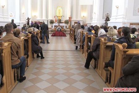 Вечірні чування у ЖИТОМИРI (парафія святого Яна з ДУКЛІ)
