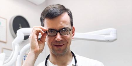 """""""Вакцинація немає сенсу, протягом року після хвороби!"""" - лікар Павло Сільковський"""