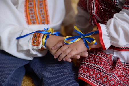 80 відсотків українців вважають себе християнами