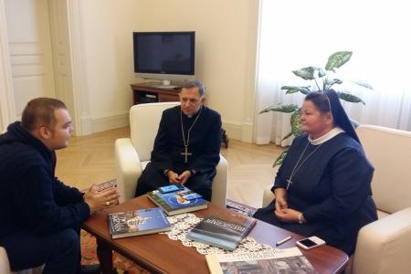 Архієпископ Мечислав Мокшицький зустрівся з працівниками Радіо Марія. Оновлено