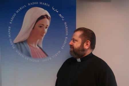 """Отець Міхал БРАНКЕВИЧ: """"Напочатку священики не дуже хотіли йти на Радіо Марія"""""""
