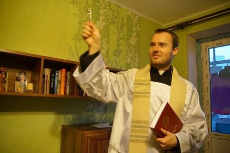 Душпастирські відвідини: як правильно підготувати оселю до візиту священника