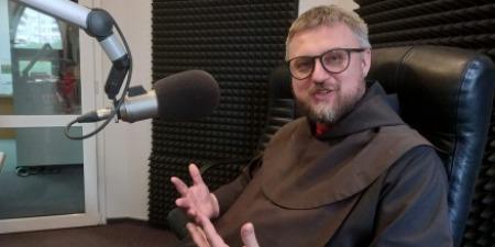 """""""За місяці карантину ми забули про те, що молитва - це особиста зустріч з Богом, який нас любить!"""" - отець Віталій Козак"""