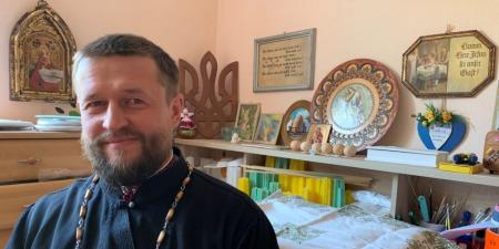"""""""Мені було соромно перед солдатами, що я з російської церкви!""""  - отець Артем Бондаренко"""