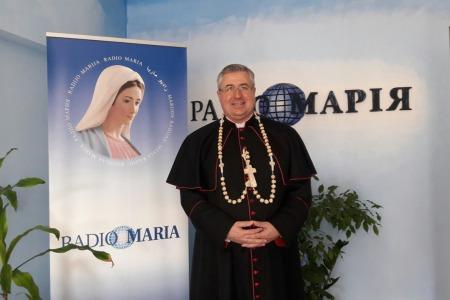 Архієпископ Петро Мальчук і меджугорський хрест