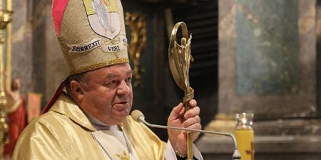 """""""Якщо Україна є християнська, чому її представники є невіруючими і не думають про майбутнє своєї держави?"""" - єпископ Мар'ян Бучек"""