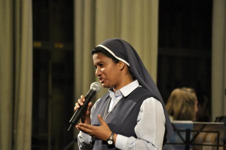 """Сестра Ліджі Пайяпілі: """"Причина наших хвороб - в нас самих"""""""