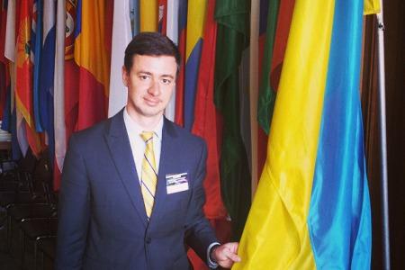Чи захистить основний закон України сім`ю  і право на життя?