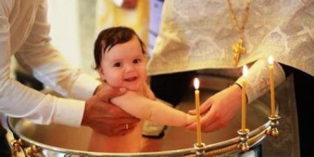 """""""Охрещуючись - народжуємось для Ісуса Христа та зрікаємося від диявола!"""" - отець Міхал Бранкевич"""