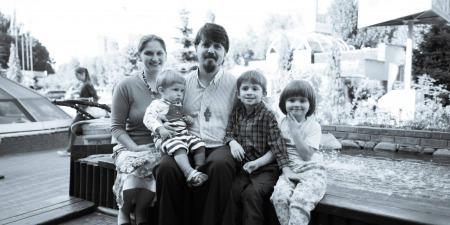 """""""Небесний автор сім'ї захотів, щоб ми могли рятуватися разом у родині"""", - отець Тарас Фітьо"""