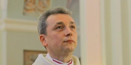 """""""Влада пробувала тиснути на ієрархів, але отримавши рішучу відсіч - відступила!"""" - єпископ РКЦ про погрози, настрої та місцевих тітушок в Білорусі"""