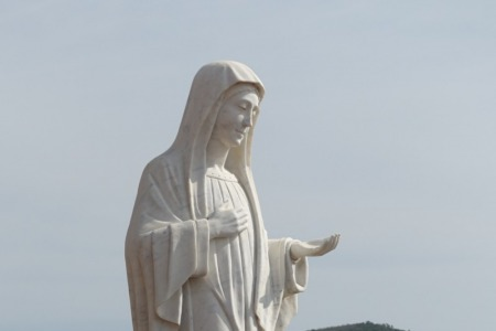"""""""Марія продовжує до нас звертатись із Меджугор'я"""""""