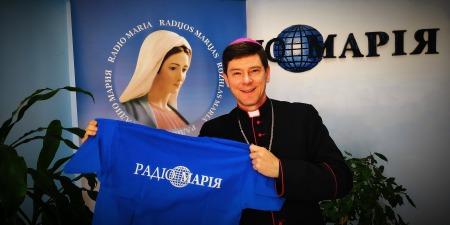 """""""Запрошую разом із Церквою пережити цей час!"""" - єпископ Віталій Кривицький про Пасху, священників, вакцинування та діалог з владою"""