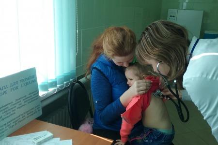 Життя та здоров'я на лінії вогню. Медичні проекти Акції «Папа для України»
