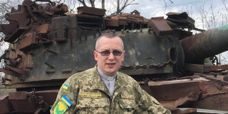 """""""Варто мобілізувати всіх капеланів!"""" - отець Микола Лучинський"""
