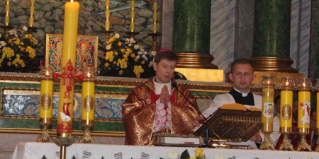 Містерія Пасхи, - про Літургію, хрещення, освячення  страв і табу на вино