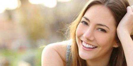 Які чинники впливають на фізичне здоров'я дівчини та жінки?
