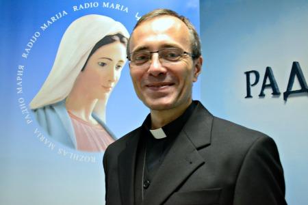 «Марія - чистий плід Божої доброти, який огорнув Її до такого ступеню, що наповнив Своєю благодаттю» – отець Ципріян Чоп