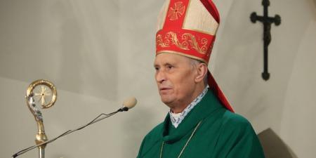 """""""Бог поруч у наших стражданнях. Це ми не хочемо виконувати Його волю!"""" - єпископ Броніслав Бернацький про терпіння, пандемію, знаки часу та Адвент"""