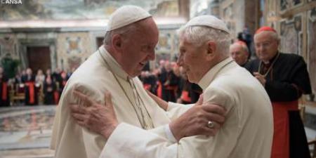 Чи потрібна Понтифікам пенсія?