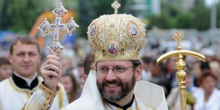 """Блаженніший Святослав: """"Хочеш знати, хто такий священник - подивися на Христа, який вмиває учням ноги"""""""