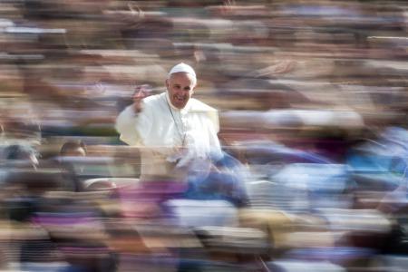 """Катехеза о. Олексія Самсонова: """"Що папа Франциск та слухачі """"Радіо Марія"""" говорять про радість любові?"""""""