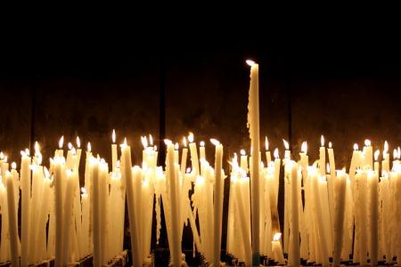 """""""Хай будуть підперезані ваші стегна і хай горять ваші світильники"""" - коментар Євангелія дня"""