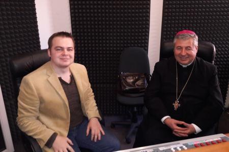 """Архієпископ Петро МАЛЬЧУК: """"Нам треба ставати більш духовними!"""""""