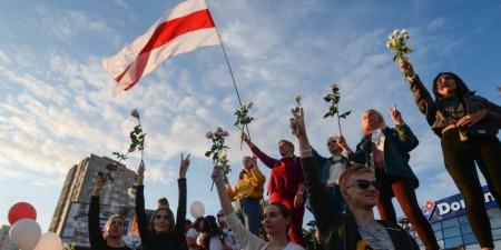 У Білорусі зупиняють підприємства. Шостий день протистоянь