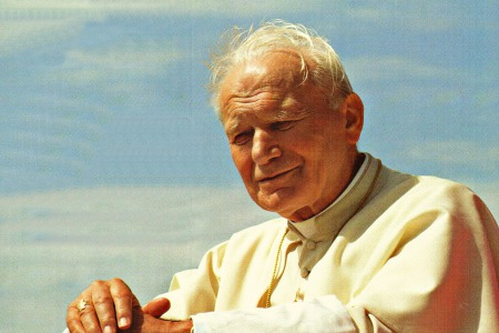 Спецвипуск програми «Vox populi. Vox Dei» присвячений Йоану Павлу ІІ. Понтифікат який став знаком народам