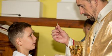 """""""Справжнім учасником Літургії є той, який у часі Меси прийняв Причастя"""", - отець Валентин Матушевський"""