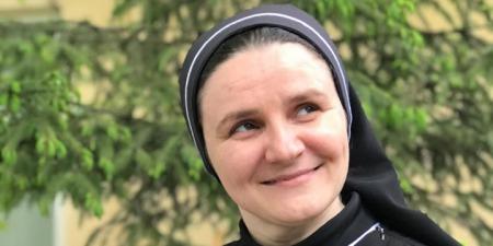 """Сестра Климентія Луків: """"В Україні вийшла друком книжка бестселлер, яку має прочитати кожен католик. Вона також буде цікавою і православним, і протестантам""""."""