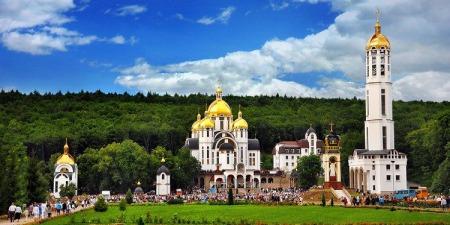 Отець Василь Січкарик про цьогорічну Всеукраїнську прощу до Зарваниці. Які зміни очікують прочан?
