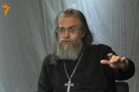 """Отець Яків КРОТОВ: """"Росіяни не мають права навіть заїкатися, щоб їх мова стала державною в Україні!"""""""