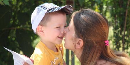 """""""Відібрати дитину в токсичної матері легше, ніж навчити бути матір`ю і дати дитині шанс зростати в материнській любові"""", - Тетяна Калініченко"""