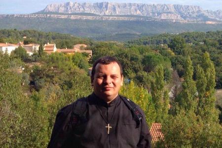 Кшиштоф Бузіковський: «Віра в Бога означає відносини з Ним»