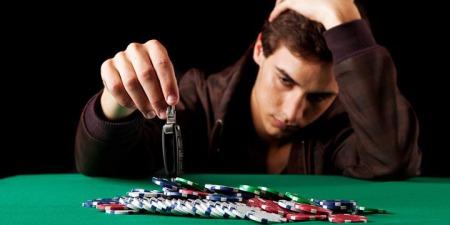 Чому азартний гравець не вміє мудро витрачати гроші?