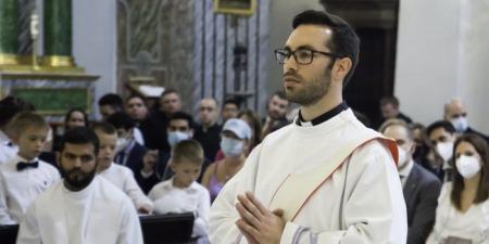 Я відчув, що Бог мене кличе стати пресвітером і залишив юриспруденцію, - отець Педро Сафра