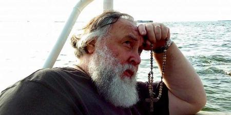 """""""Трагічний час може бути одночасно і щасливим для християн!"""" - Отець Олександр Чумаков"""