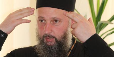 """""""Бог не говорить, що ти не заразишся від Причастя"""", - отець Лука Михайлович про темну і світлу сторони пандемії"""