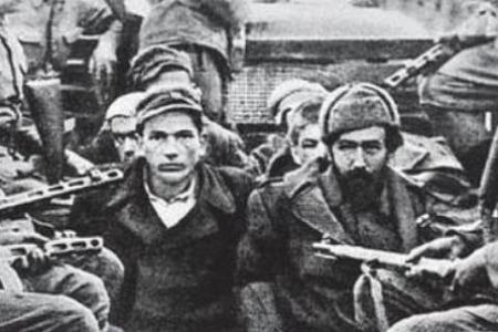 """Отець Яків КРОТОВ: """"Волинська різанина - це НЕ геноцид"""""""