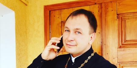 """""""Проповідую всіма доступними методами!"""" - отець-рекордсмен Олексій Філюк"""