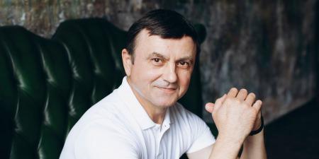 """""""Моя мрія створити театр звуко-імітаторів, який буде першим у світі"""", - Юрій Коваленко"""