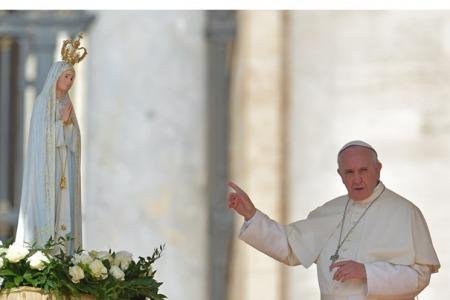 """""""Папа, як намісник Христа на Землі, має право кожного жертвувати Богові через Непорочне Серце Марії, навіть якщо людина цього не хоче"""", - отець Ярослав Гонсьорек"""