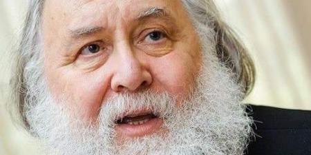Отець Олександр Чумаков про Пресвяту Трійцю
